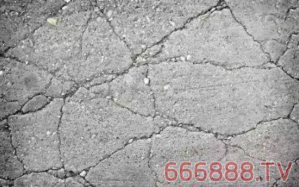 混凝土裂缝原因分析及预防措施.