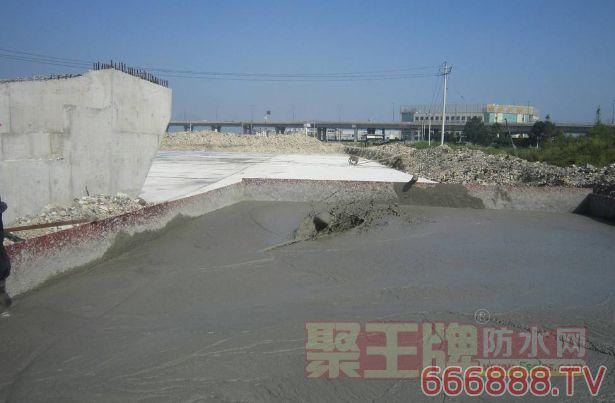 外加剂可有效弥补混凝土自身缺陷