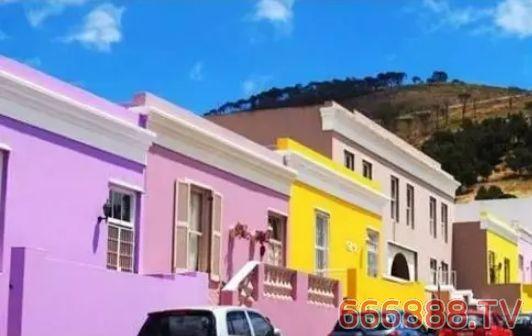 墙漆、墙面涂料变色、开裂该如何保养