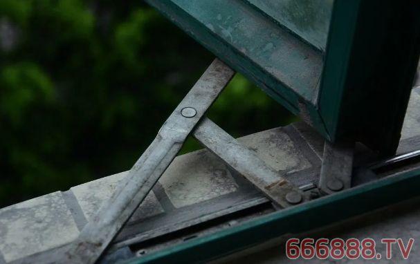窗台防水处理要注意这些地方,否则做了防水还漏水
